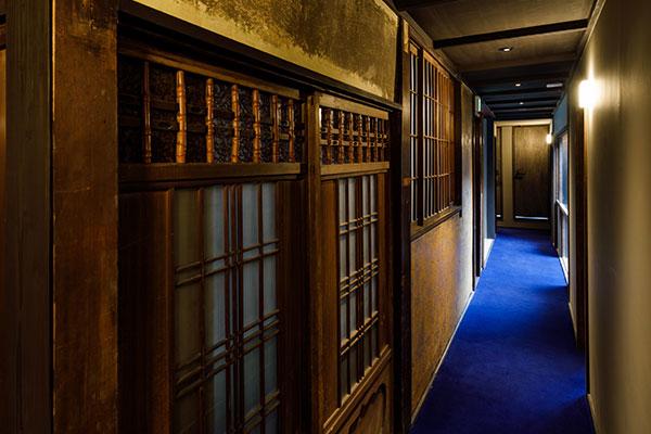 宿泊2階廊下